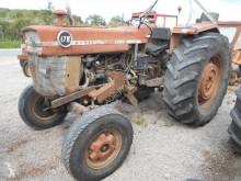 Tracteur agricole Massey Ferguson 178