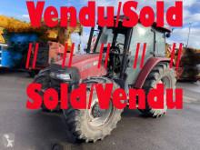 Tractor agrícola Case IH JX1100U usado