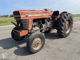 Tractor agrícola Massey Ferguson 155 usado