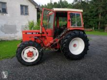 Tractor agrícola Renault 551-4 usado