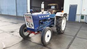 Tarım traktörü Ford 2000 Super 4x2
