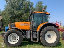 Tractor agrícola 725RZ usado