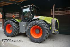 Tractor agrícola Claas Xerion 5000 Trac usado