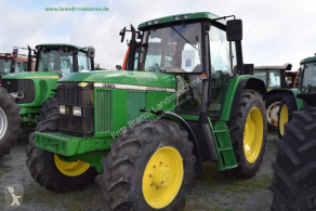 Tractor agrícola John Deere 6510 usado