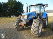 Tractor agrícola New Holland T6050 usado