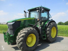 Tractor agrícola John Deere 7230 R usado