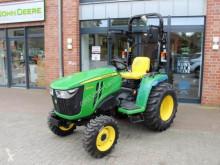 Zemědělský traktor John Deere 3038 E použitý