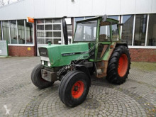 Tractor agrícola Fendt 305 LS usado