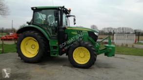 Tractor agrícola John Deere 6120R usado