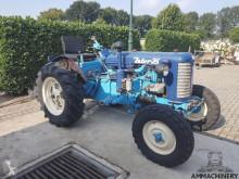 Tractor agrícola Zetor usado