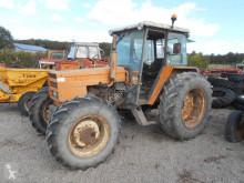Tractor agrícola Renault 681 usado