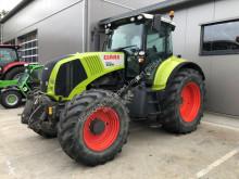 Tractor agrícola Claas Axion 820 usado