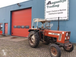 Tractor agrícola Fiat 446 usado