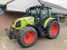 Tractor agrícola Claas Arion 430 usado