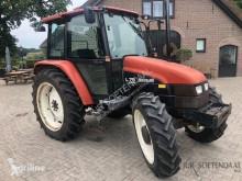 Tractor agrícola New Holland L75 usado