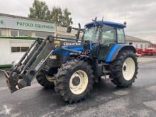Zemědělský traktor New Holland použitý