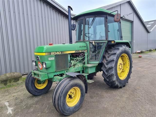 View images John Deere 2040 sg2 farm tractor