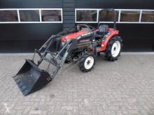 Mitsubishi MT 221 met voorlader en stuurbekrachtiging farm tractor used
