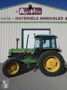 Tractor agrícola John Deere 3350 usado