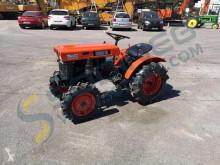 Bahçe traktörü Kubota B6000