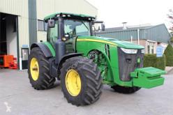 Zemědělský traktor John Deere 8360R použitý
