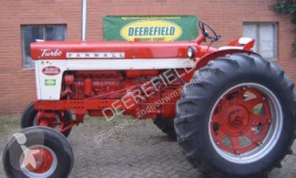 Farmall 560 farm tractor used