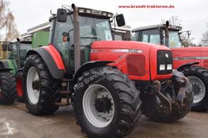 Massey Ferguson MF 8250 Landwirtschaftstraktor gebrauchter