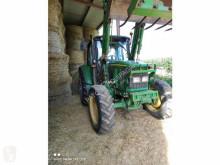 Zemědělský traktor John Deere 6320 použitý