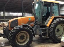 Tractor agrícola Renault TEMIS 610 usado