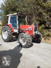 Voir les photos Tracteur agricole Massey Ferguson