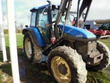 Преглед на снимките Селскостопански трактор New Holland