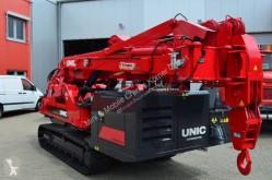 Dźwig na podwoziu gąsienicowym Unic URW-1006