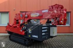 Dźwig na podwoziu gąsienicowym Unic URW-506