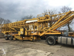 Potain self-erecting crane 386A