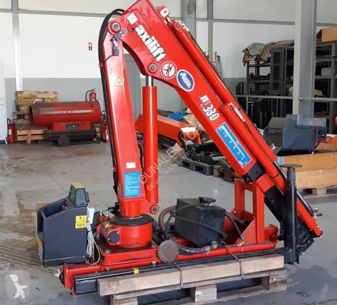 View images Maxilift 330 Truck equipments