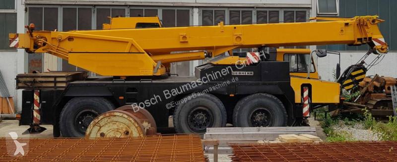 Vedeţi fotografiile Automacara Liebherr LTM1040-1