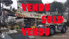 Grúa Terex RC 35 accidentada
