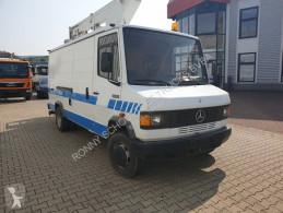 Vedere le foto Veicolo commerciale Mercedes 709 DKA 4x2 709 DKA 4x2 mit Hubarbeitskorb Ruthmann