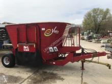 Material de ganadería BVL Vmix 10 voermengwagen Distribución de forraje Mezcladora usado