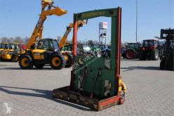 معدات تربية المواشي توزيع الأعلاف آلة تفريغ صوامع الغلال Strautmann HYDROFOX HK4 + TEILETRÄGER