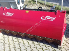 Fliegl Distribution fourrages occasion
