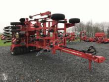 Horsch Tiger 5LT mit Pronto 5TD Bodenbearbeitungswerkzeuge