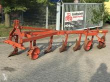 Krone Beetpflug / Schälpflug Arado usada