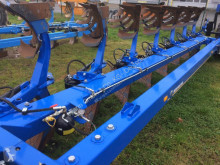 Charrue New Holland