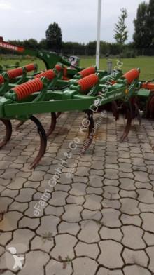 أدوات للتربة أدوات تربة غير متحركة محراث فتّاح Amazone
