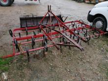 Aperos trabajos de suelo Kongskilde Aperos no accionados para trabajo del suelo Vibrocultivador usado