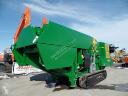 McCloskey mc-j40 v2 tweedehands puinbreker
