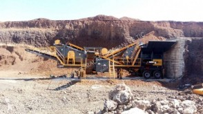 粉碎机、回收机 碎石设备 Fabo PRO 90 MOBILE CRUSHING&SCREENING PLANT | 90-130 TPH