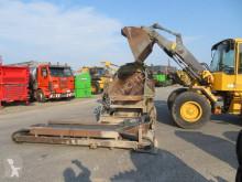 Drvenie, recyklácia triedič Elektrische schudzeef op haakarm slede