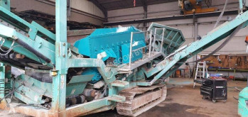Breken, recyclen Powerscreen Warrior 1400 Warrior 1400 tweedehands zeefmachines